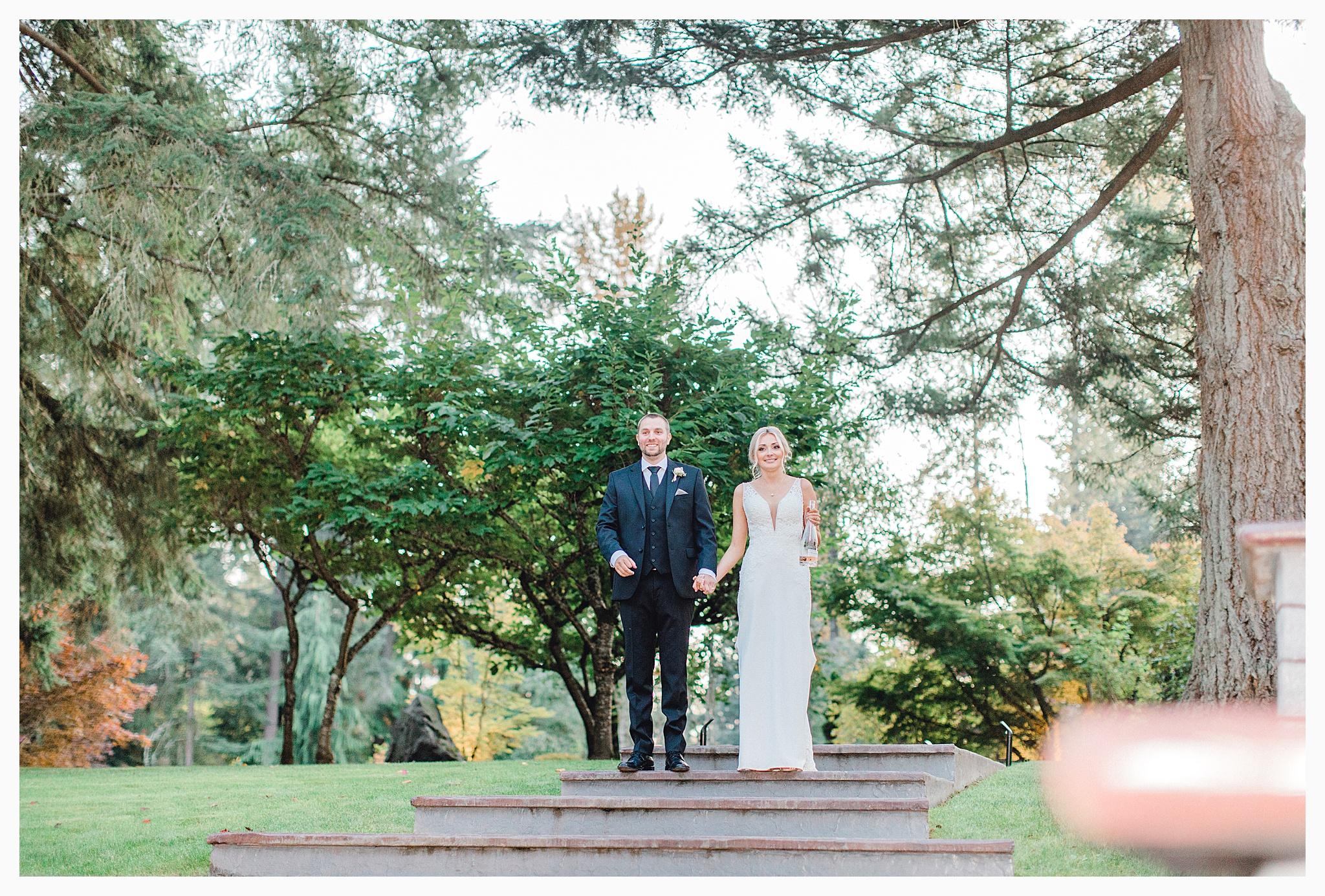 Emma Rose Company Light and Airy Wedding Photographer, Beautiful fall wedding at Rock Creek Gardens Venue in Puyallup, Washington._0093.jpg