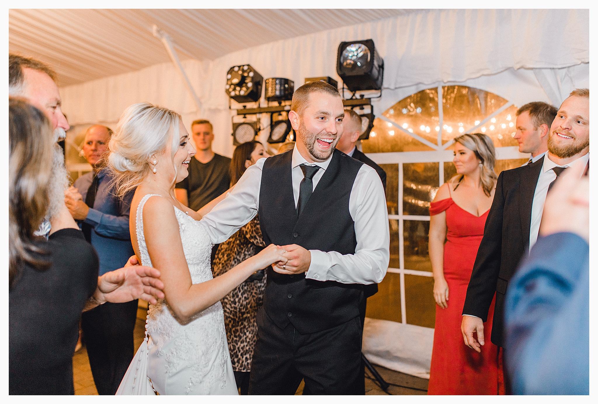 Emma Rose Company Light and Airy Wedding Photographer, Beautiful fall wedding at Rock Creek Gardens Venue in Puyallup, Washington._0110.jpg