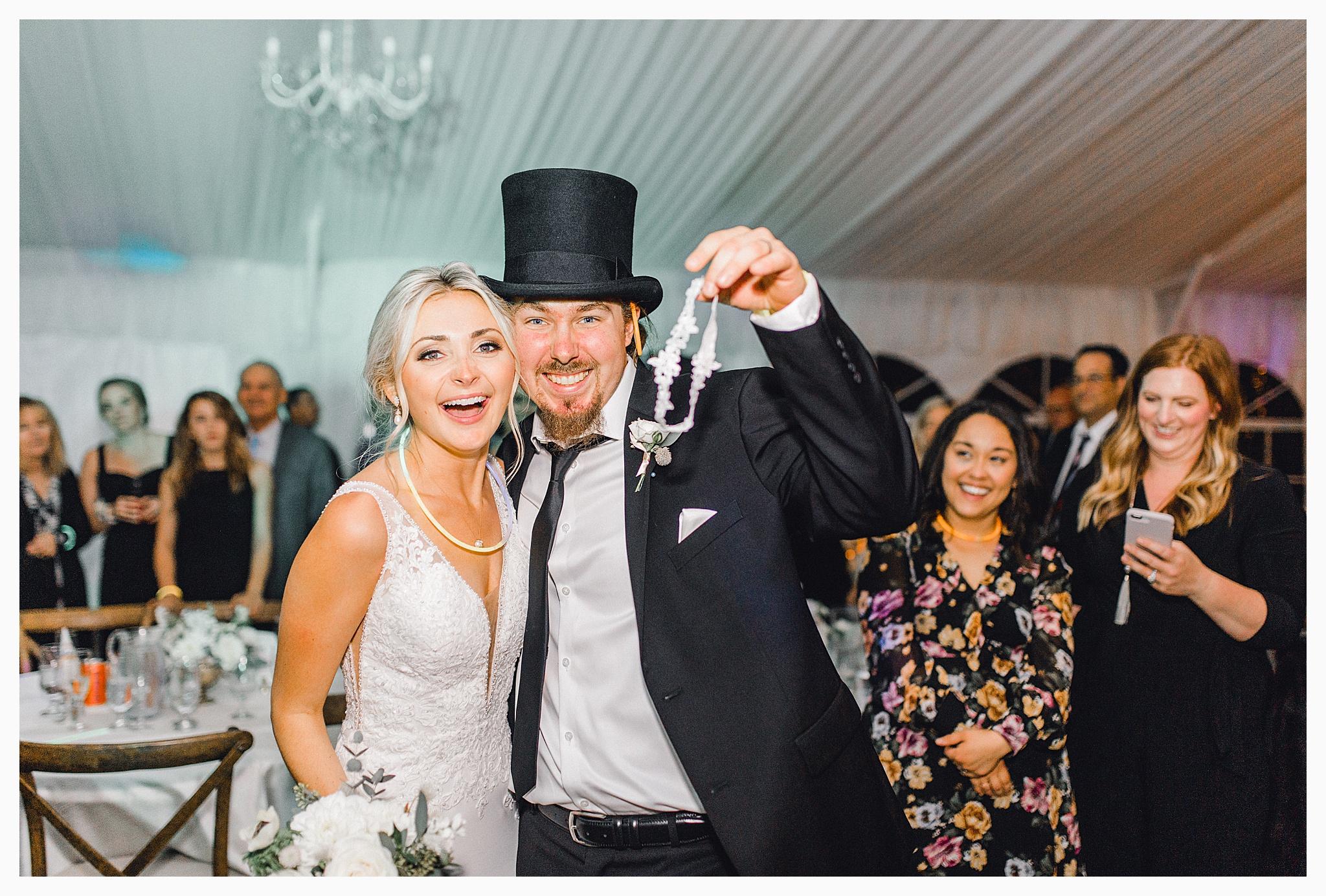 Emma Rose Company Light and Airy Wedding Photographer, Beautiful fall wedding at Rock Creek Gardens Venue in Puyallup, Washington._0116.jpg