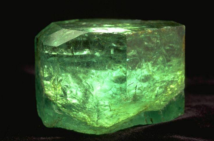 The Gachalá emerald, found in 1967 in the Vega de San Juan mine, located in Gachala, Colombia, 858 carats