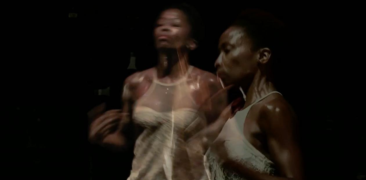 Spiral, choreographed and danced by Wanjiru Kamuyu (Paris, France).