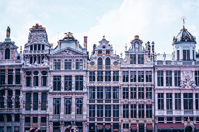 Grand Place, Brussels. One of the most beautiful squares I've seen in Europe. 🤩 🇧🇪 🇪🇺