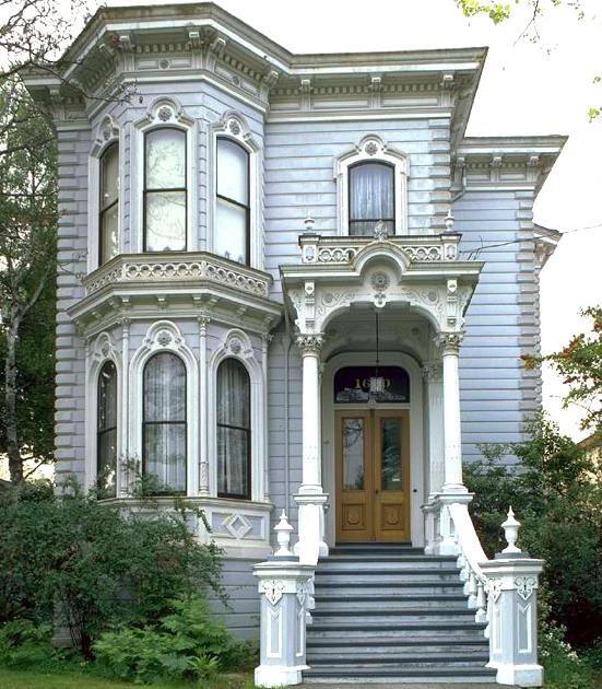 A typical Italianate home.http://faculty.wcas.northwestern.edu/~infocom/scndempr/bedbreak/west/Cali01.jpg