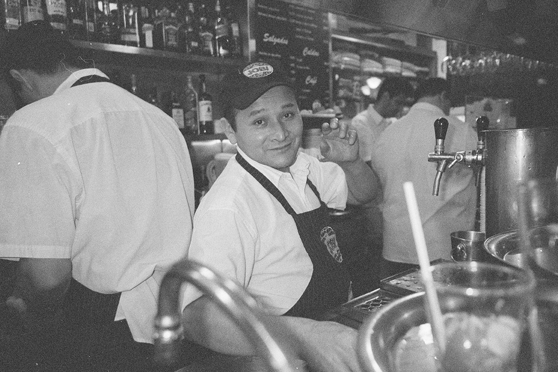 Jobi is one of the gems of Carioca bohemian nightlife, known for the most lovable waiters in town. This series portrays the nights you spend there, were time stands still.