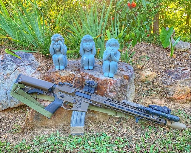 FDE Cerakote on this AR15 #Repost from @lighthorsetactical (@repost_media_app) Yard art. With our 2019 SROTAC courses behind us, I can say I'm still very happy with my @lonestararmory carbine. Consistently accurate and eating all types of ammo. My #saywhen carbine runs as designed and does it well. #noevilhere @spiritussystems @steineropticsusa @railscales @jonestactical @magpul @unitytactical @arisakadefense @aimpointusa @surefire_llc @lonestararmory