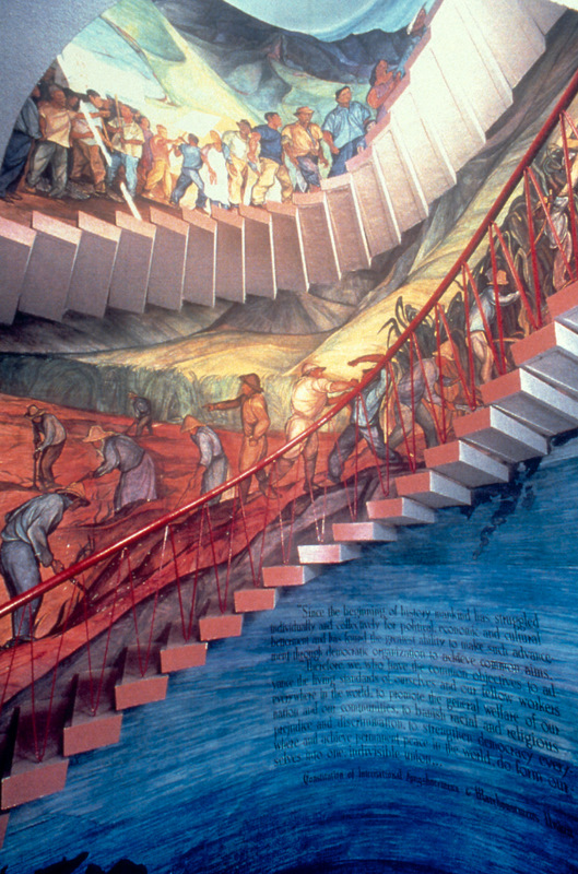 Integral to the parabolic staircase, Mexican muralist Pablo O'Higgins created this three-story mural depicting Hawaii's labor and racial history.