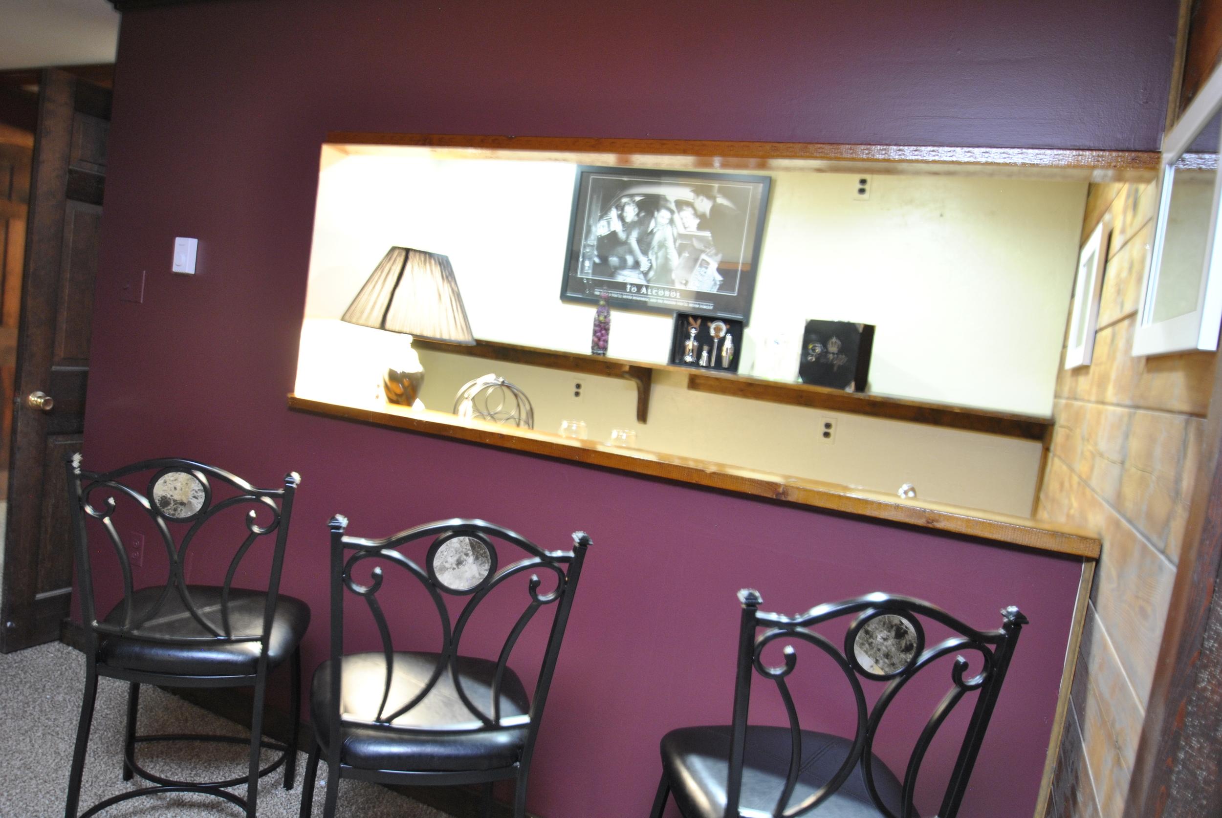 Bar (6).JPG