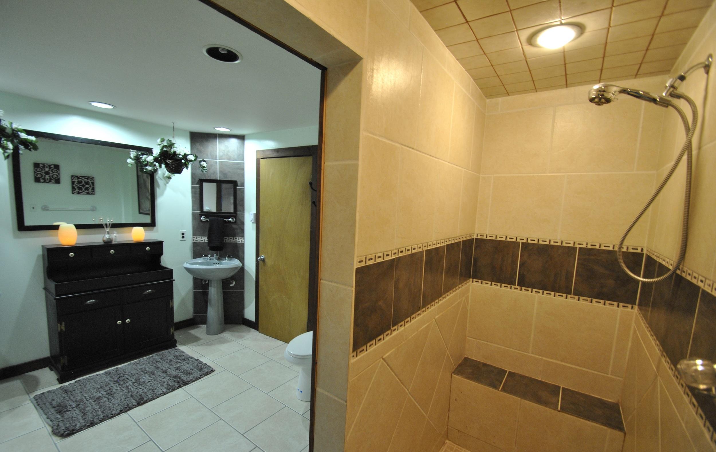 HA Bath 3.JPG