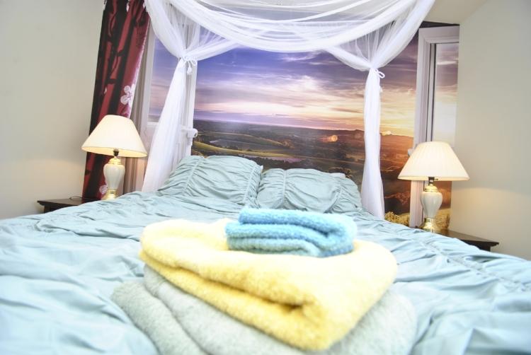 Bedroom - Seaman (4).JPG