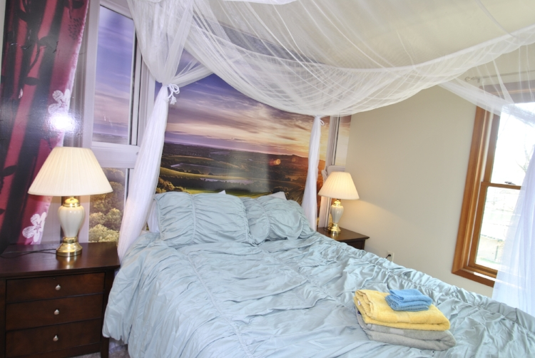 Bedroom - Seaman (9).JPG