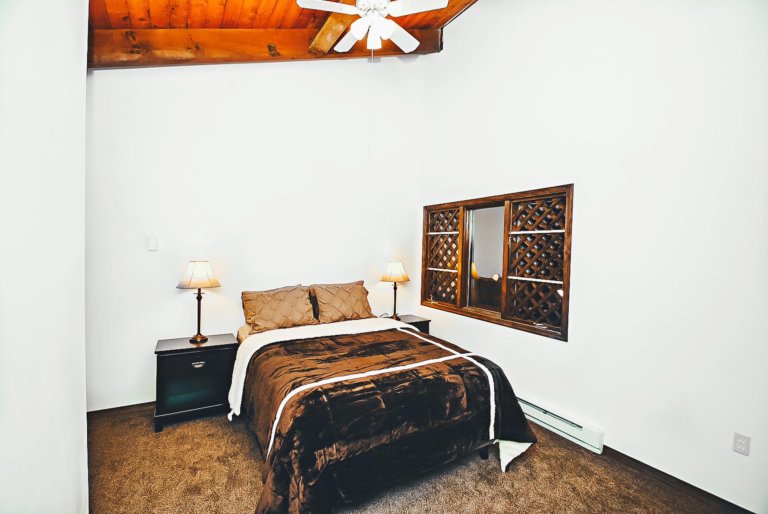 brown+bed.jpg