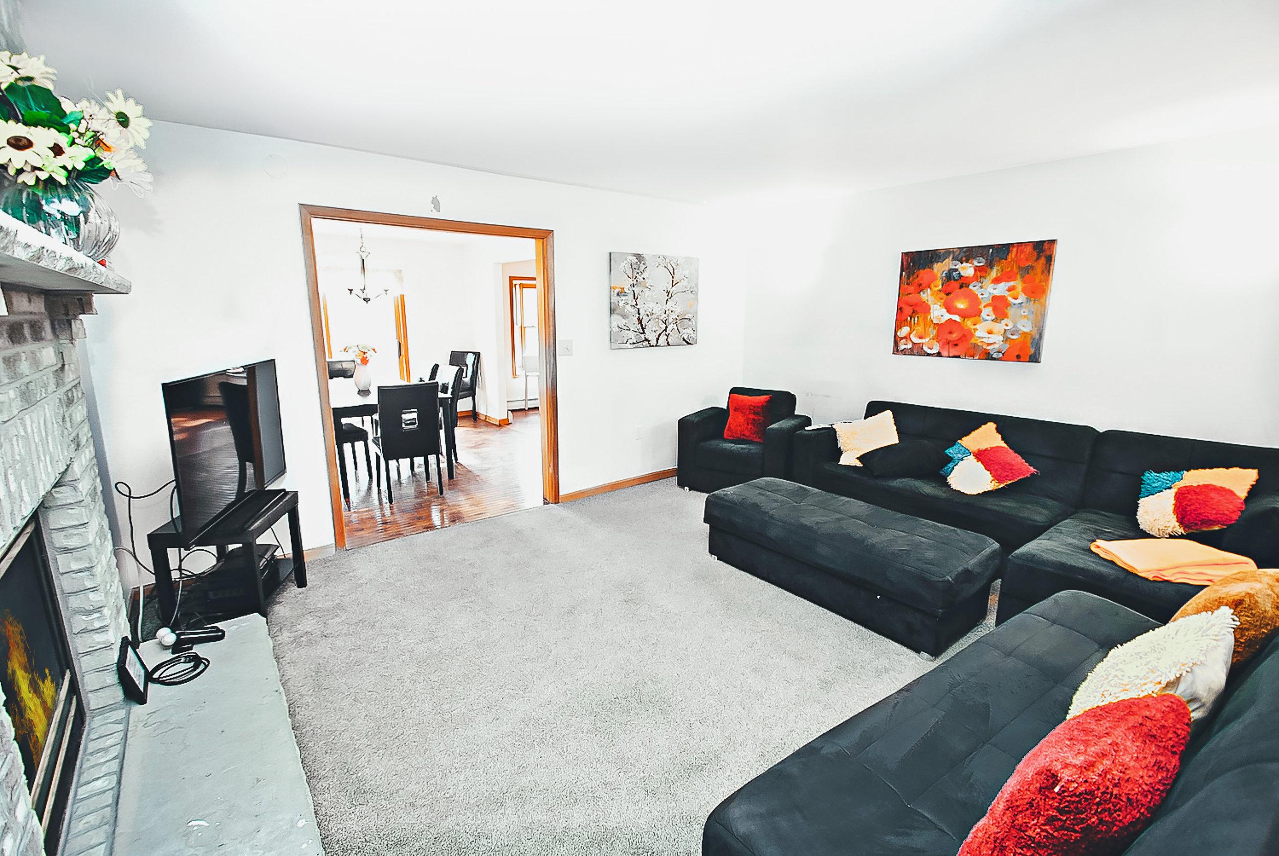 Living+Room+(2).jpg