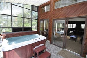 Main+-+Hot+Tub+(3)+-+a.jpg