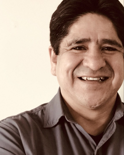 LUIS UREÑA  PROJECT MANAGER