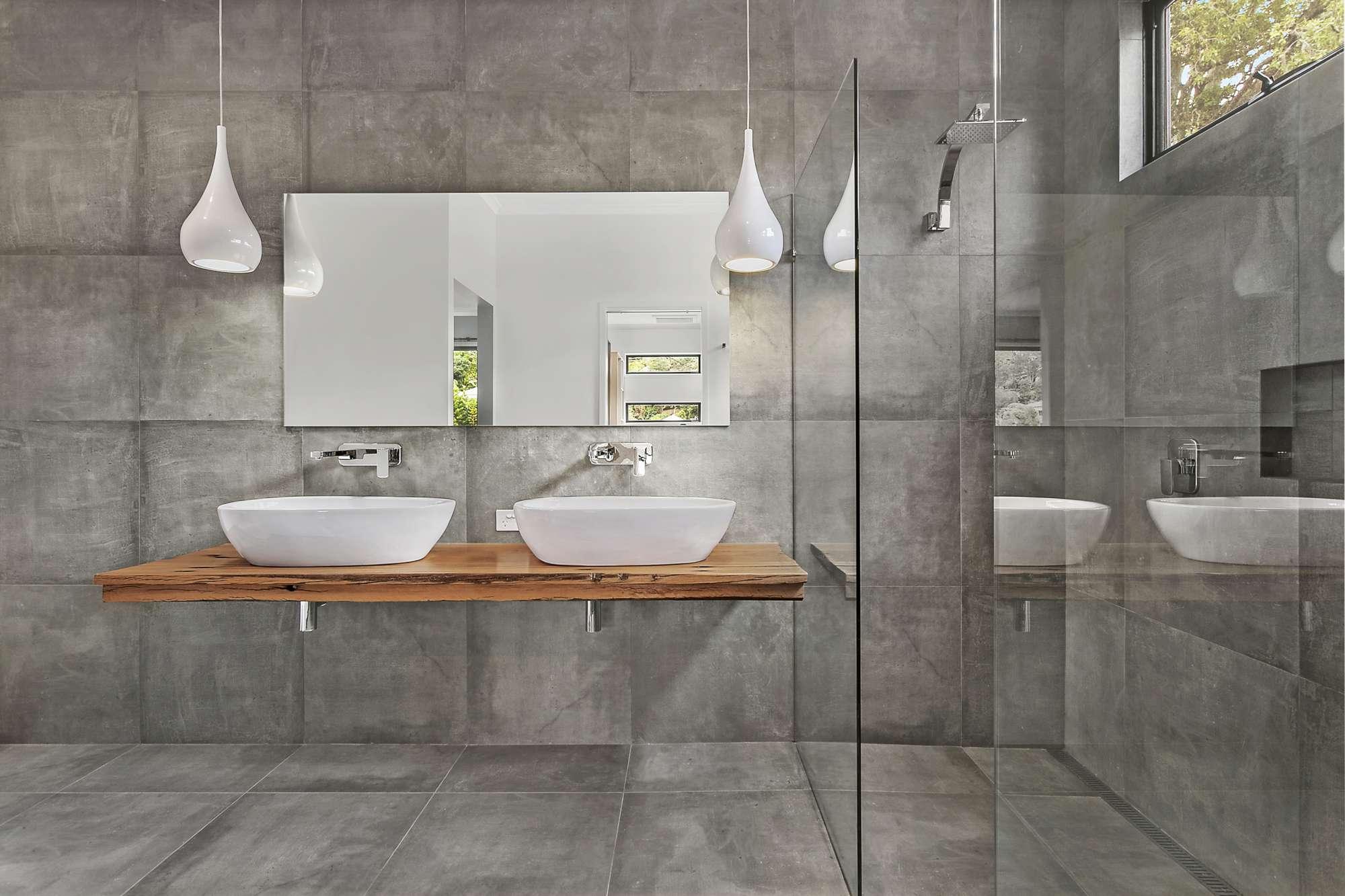 bathroom-2000.jpg