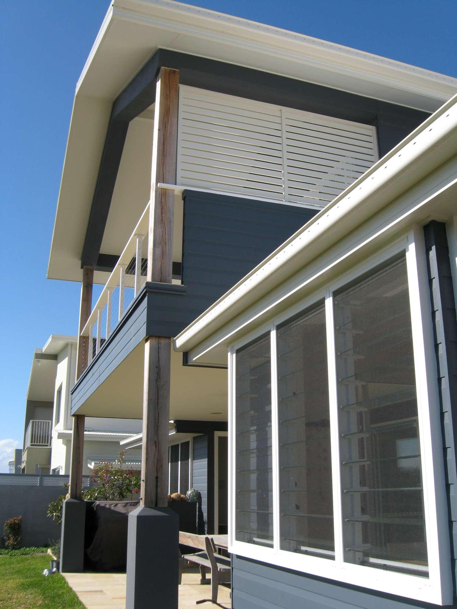 Moore Residence 008-2000.jpg