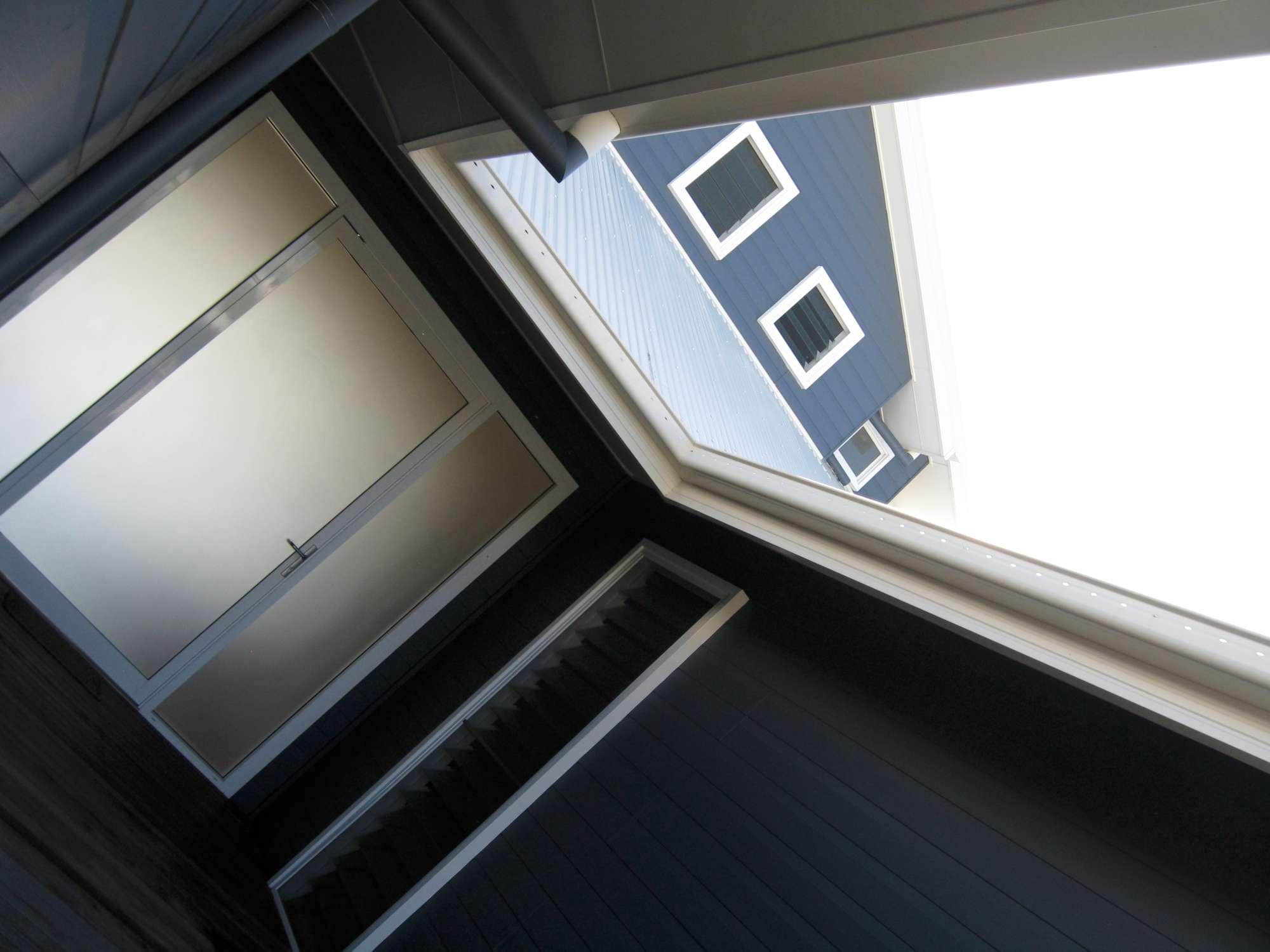 Moore Residence 053-2000.jpg