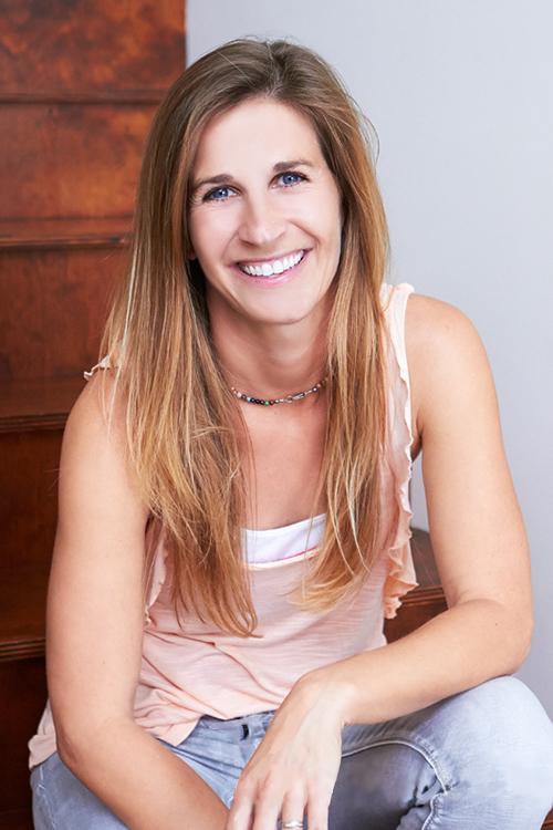 Anna Broomfield  (Sales)