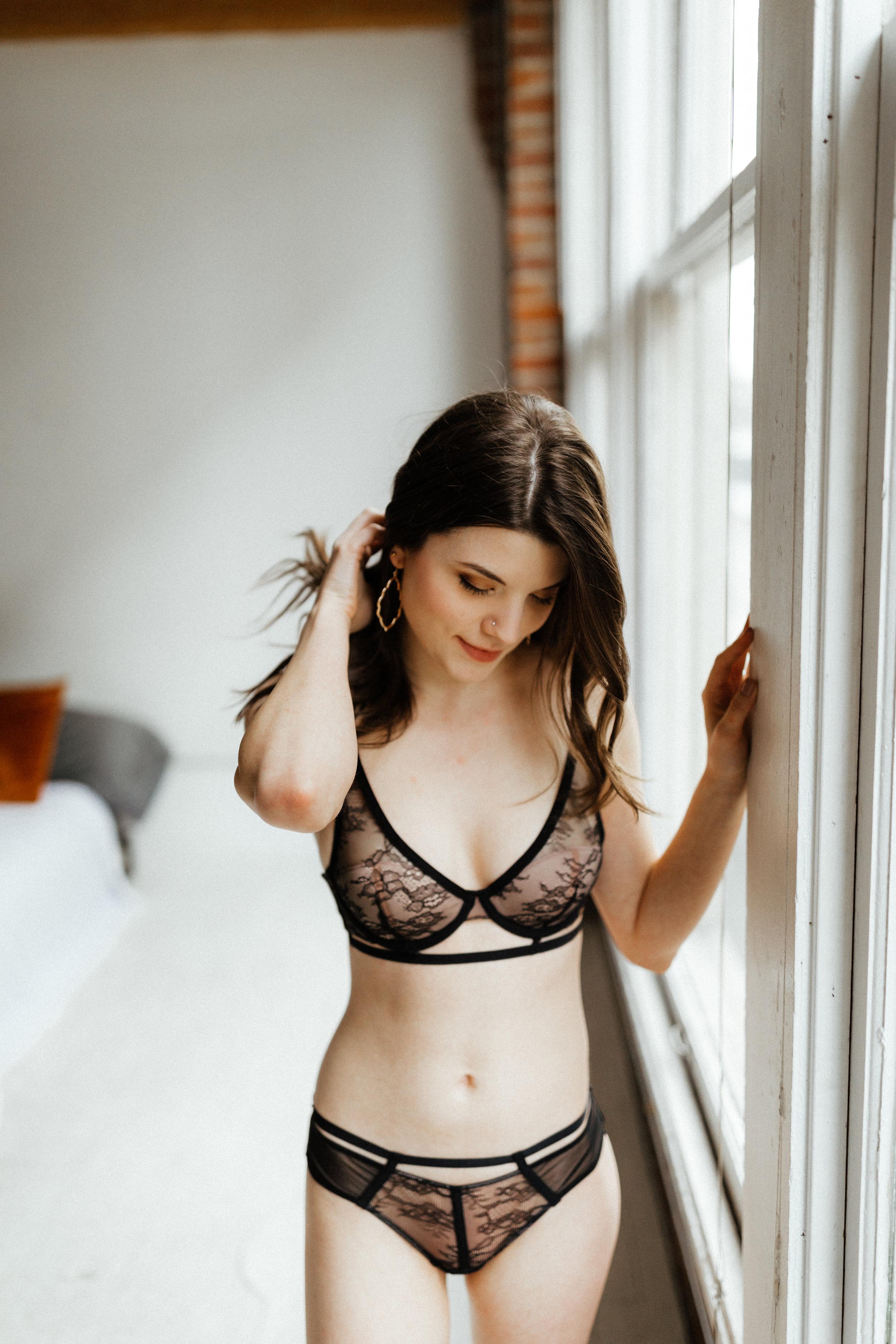 Emily Keeney_Grace Boudoir_2.2019-91.jpg
