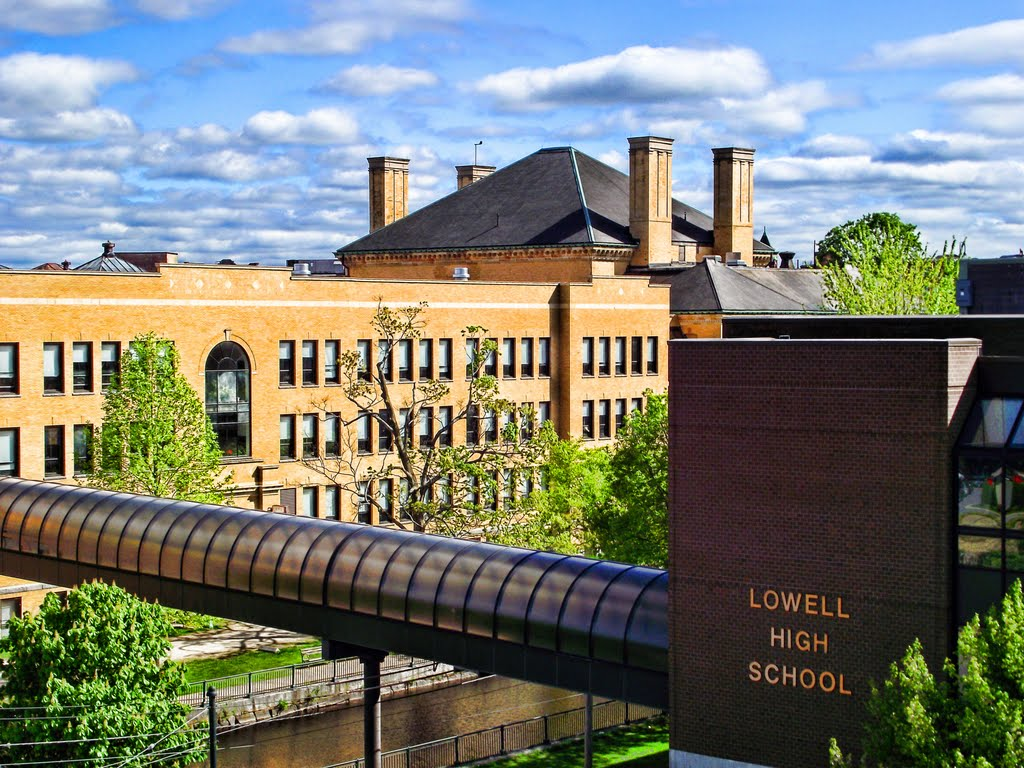 Latest News   Lowell High School brings in OurRJ to develop healing program    READ ARTICLE