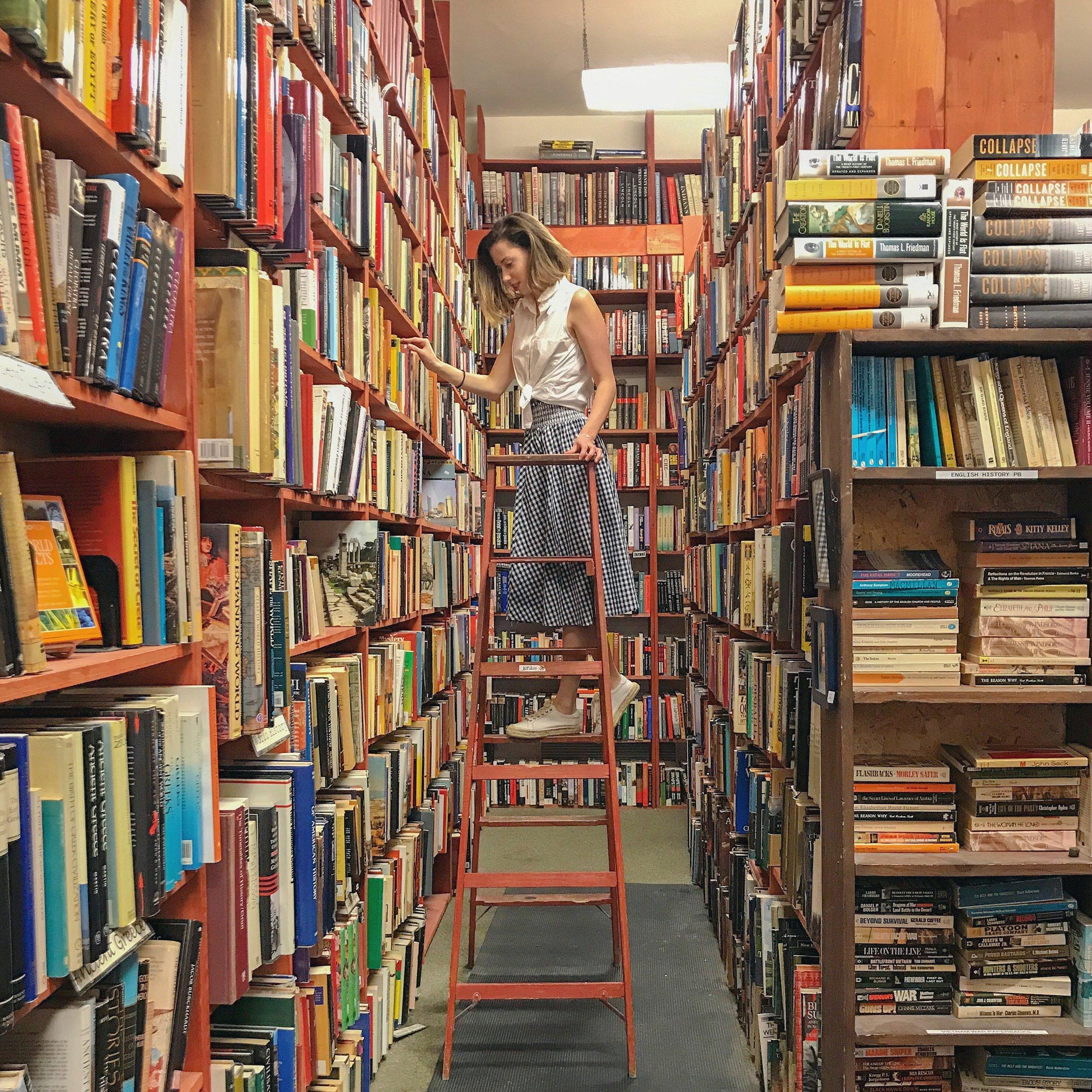 Milwaukee Downtown Bookstore