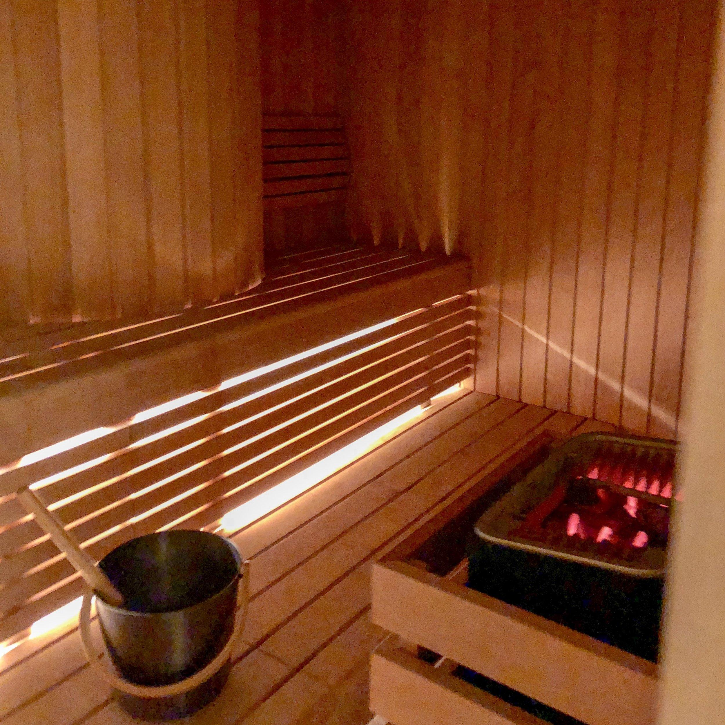 At Six - Sauna