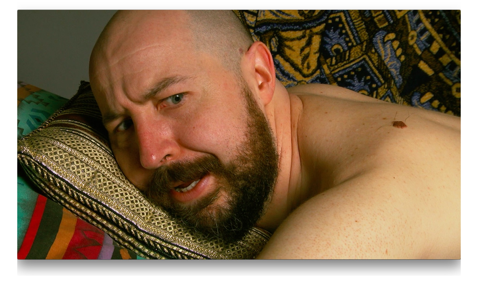 Lee Cyr - Sexy Play  If you can't laugh during sex you are doing it wrong and taking life to serious.
