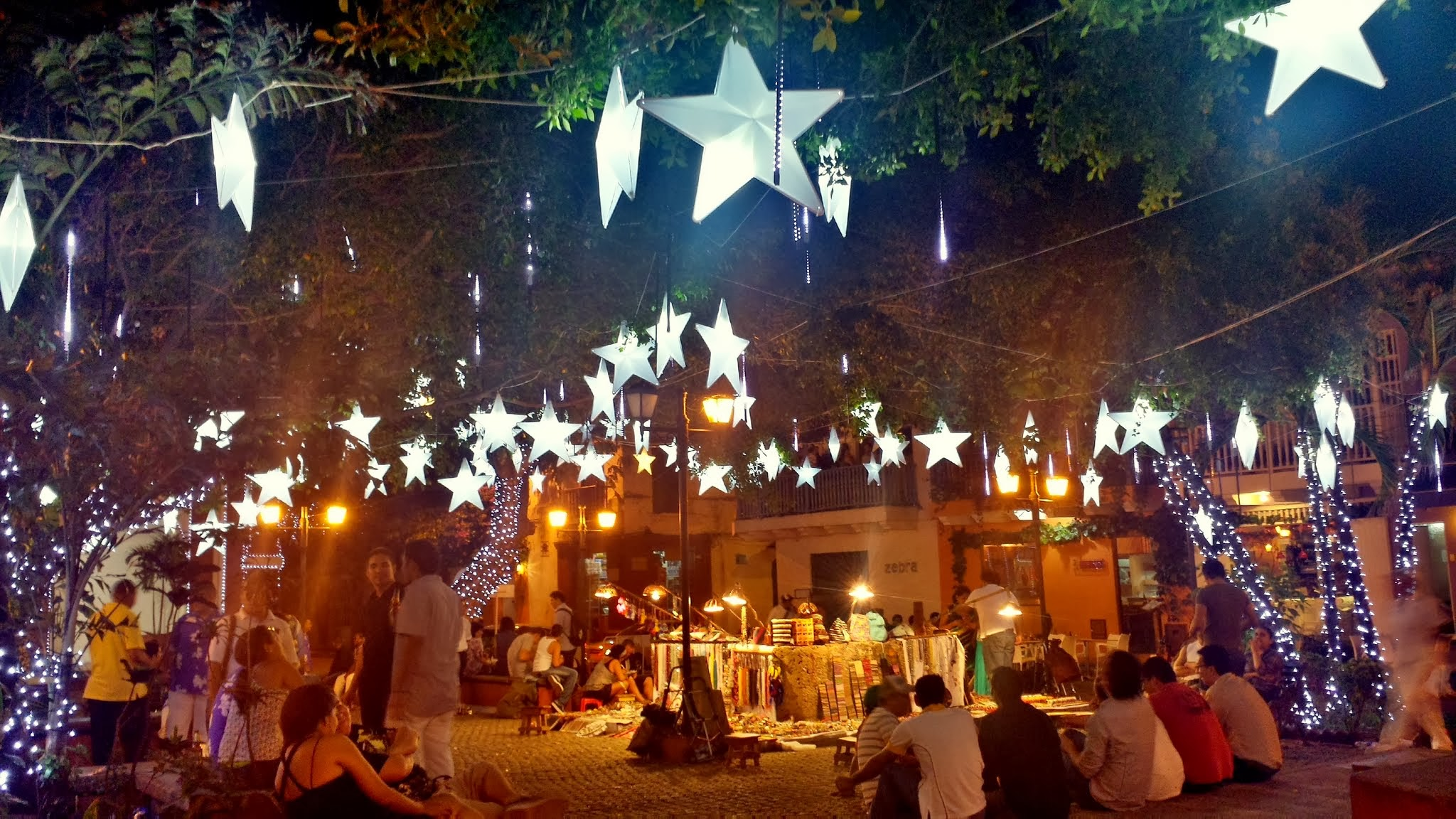 The lovely Plaza de San Diego near our hostel, decked out for Christmas