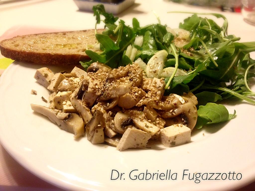 tofu-funghi-rucola.jpg