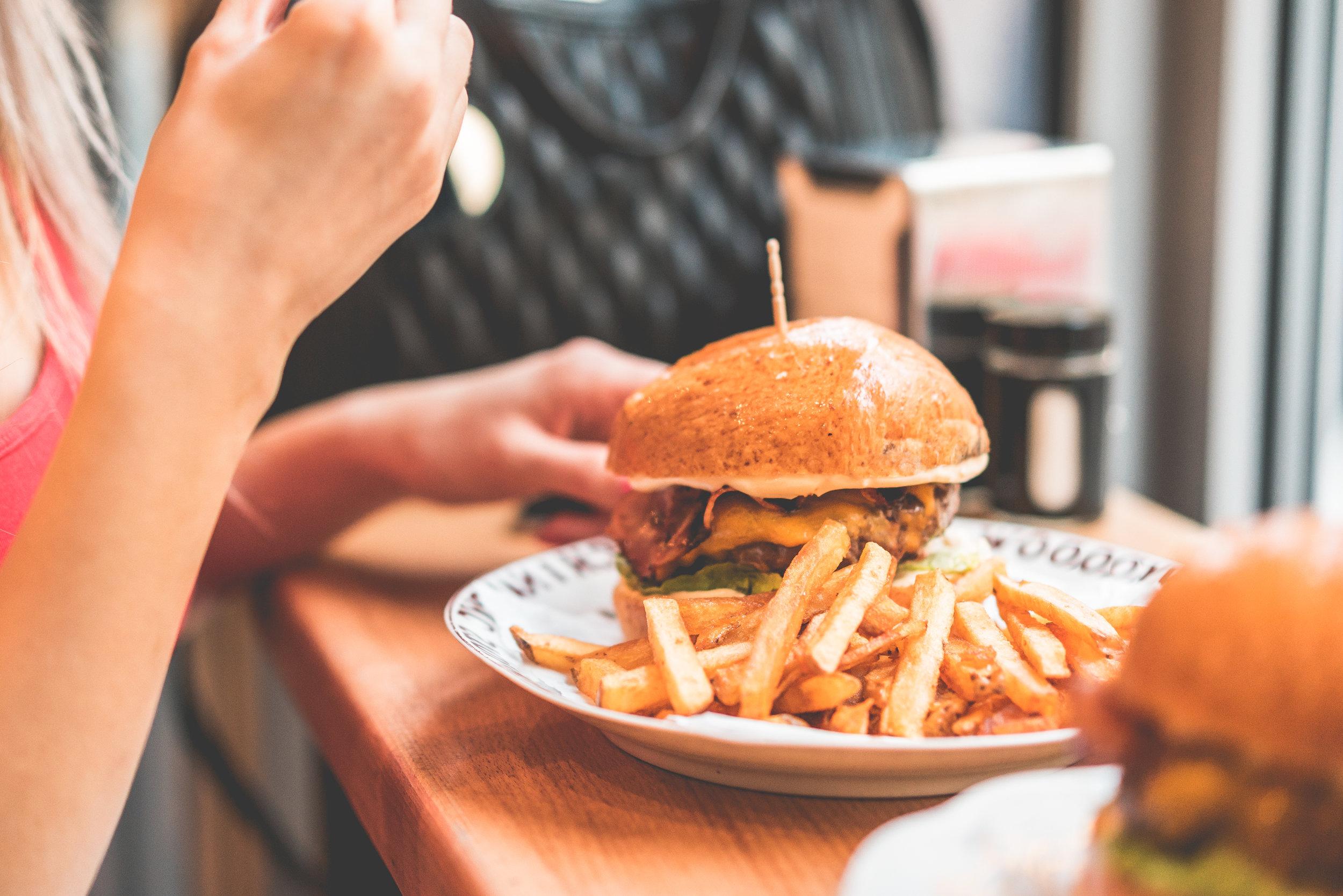 hamburger-chips.jpg