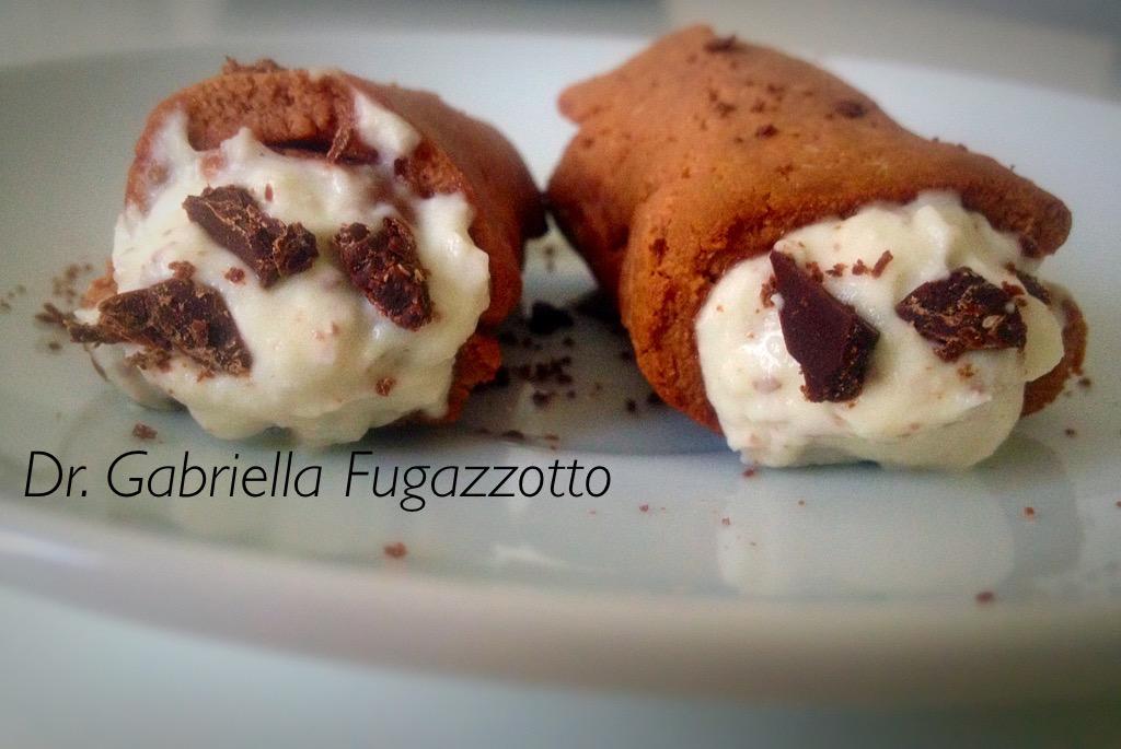 cannoli siciliani-crudisti.jpg