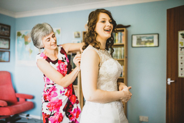 Ratsbury-Barn-Wedding-Photography-21.jpg