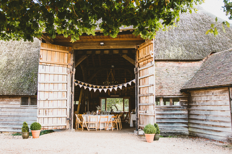 Ratsbury-Barn-Wedding-Photography-48.jpg