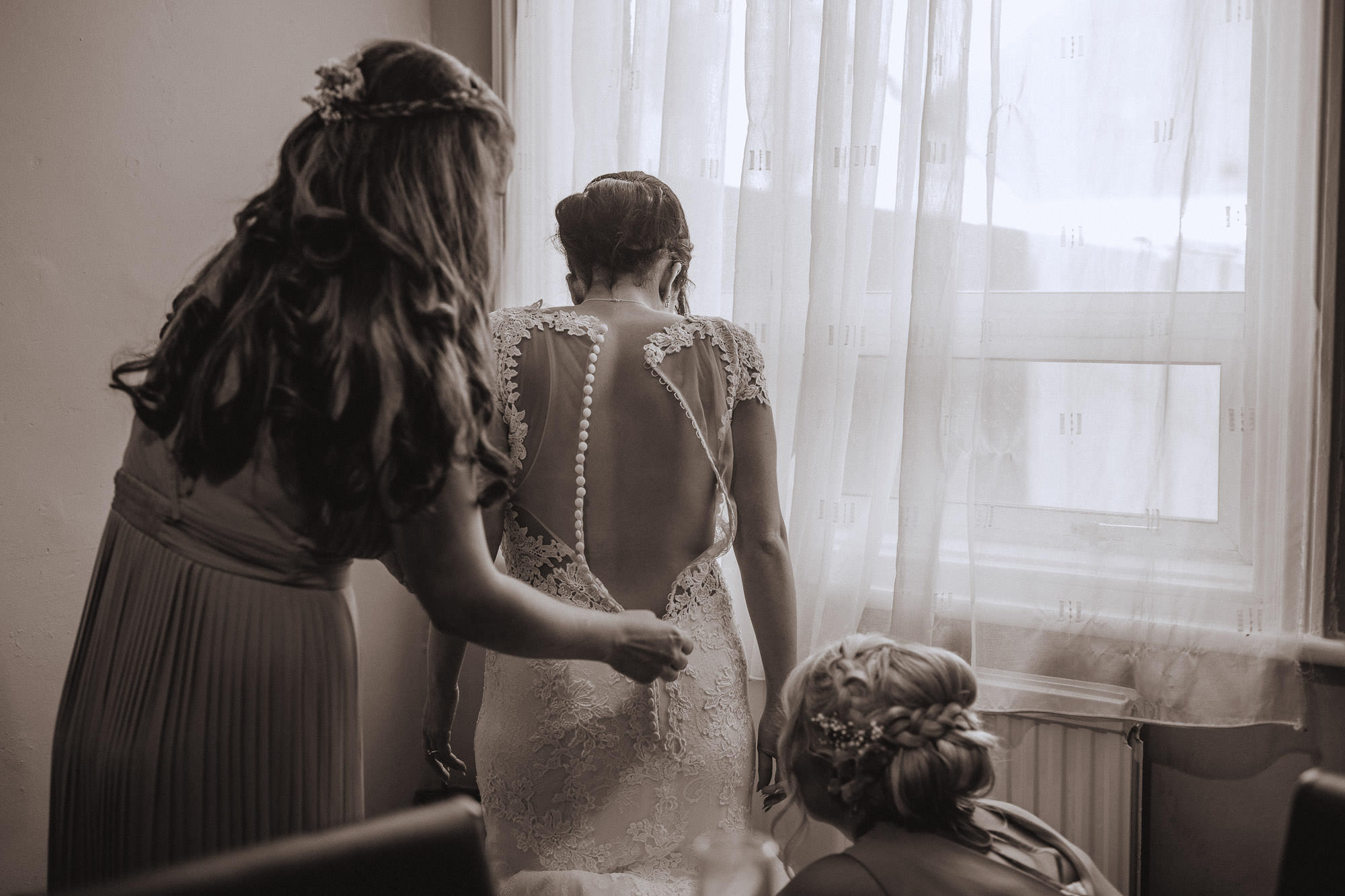Groombridge-place-wedding-photography-16.jpg
