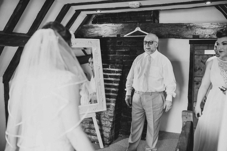 Barnyard-Kent-wedding-22.jpg
