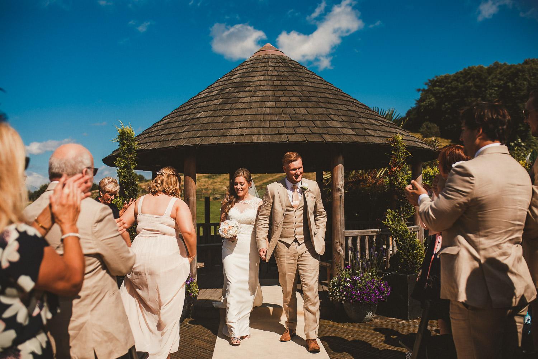 Barnyard-Kent-wedding-35.jpg