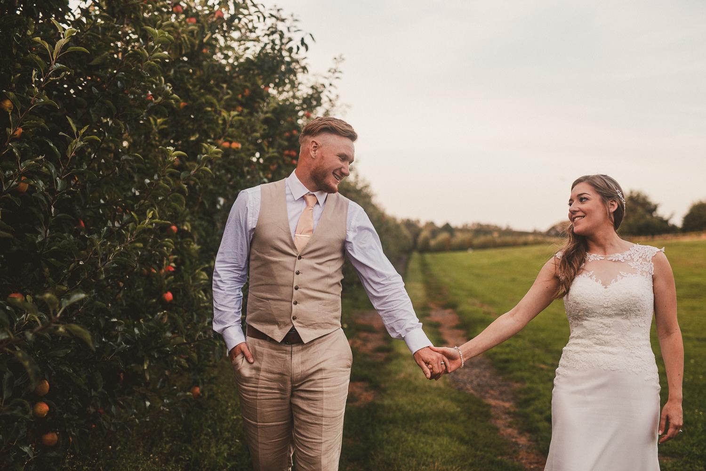 Barnyard-Kent-wedding-52.jpg