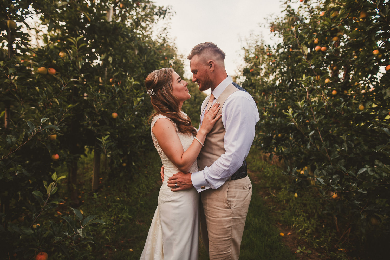 Barnyard-Kent-wedding-53.jpg