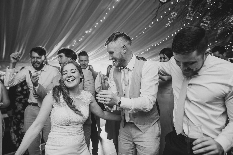 Barnyard-Kent-wedding-71.jpg
