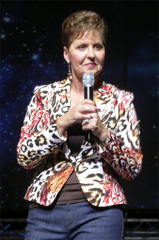 Joyce_meyer_at_hillsong_conference_kiev_2007_Oct04.jpg