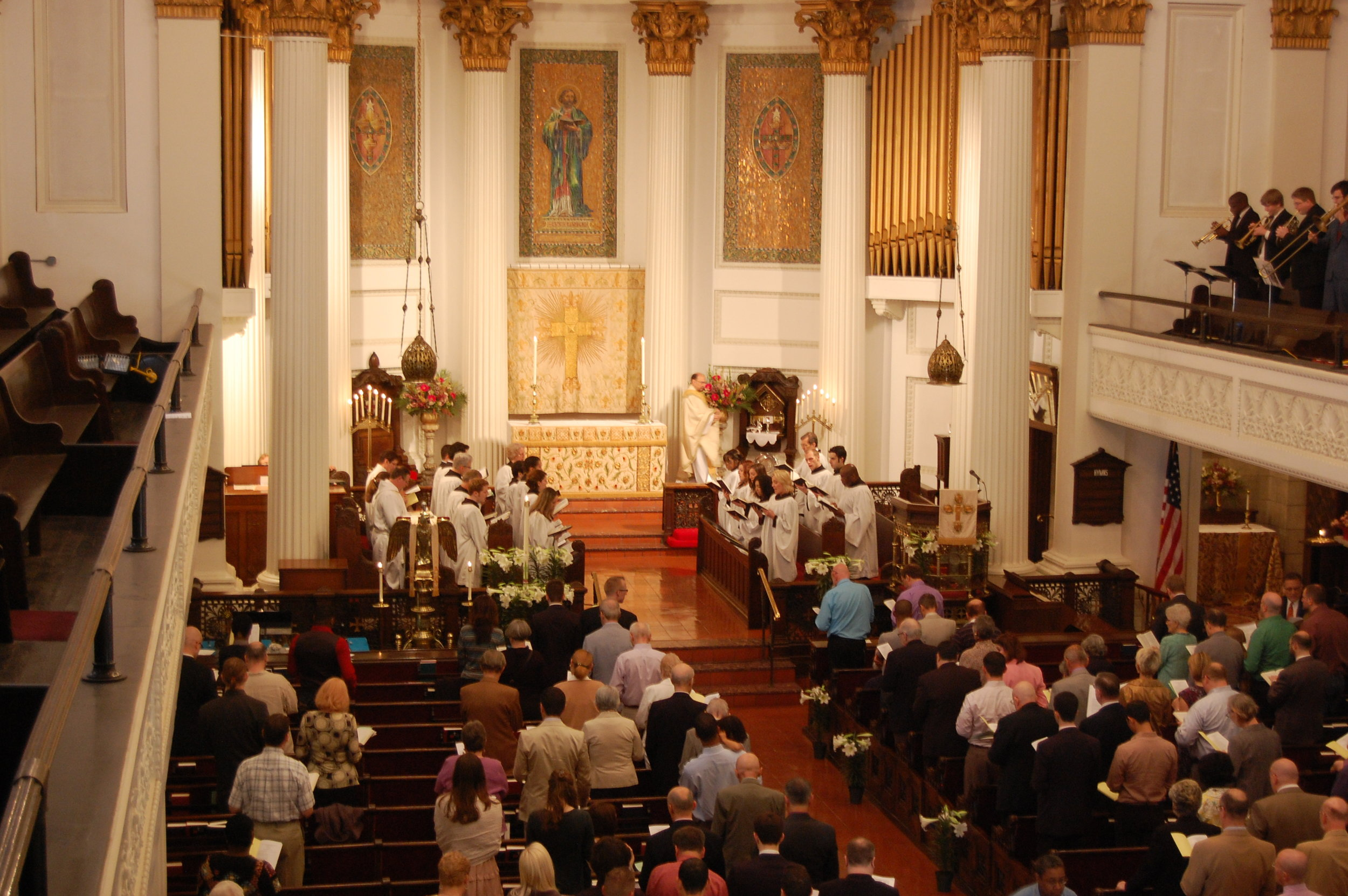 St_luke_epiphany_easter_2011.JPG