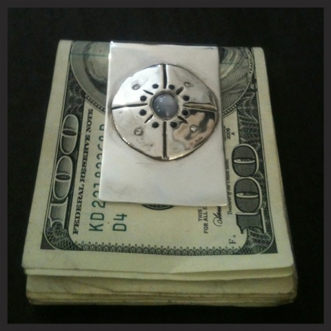 cust money clip 2.jpg