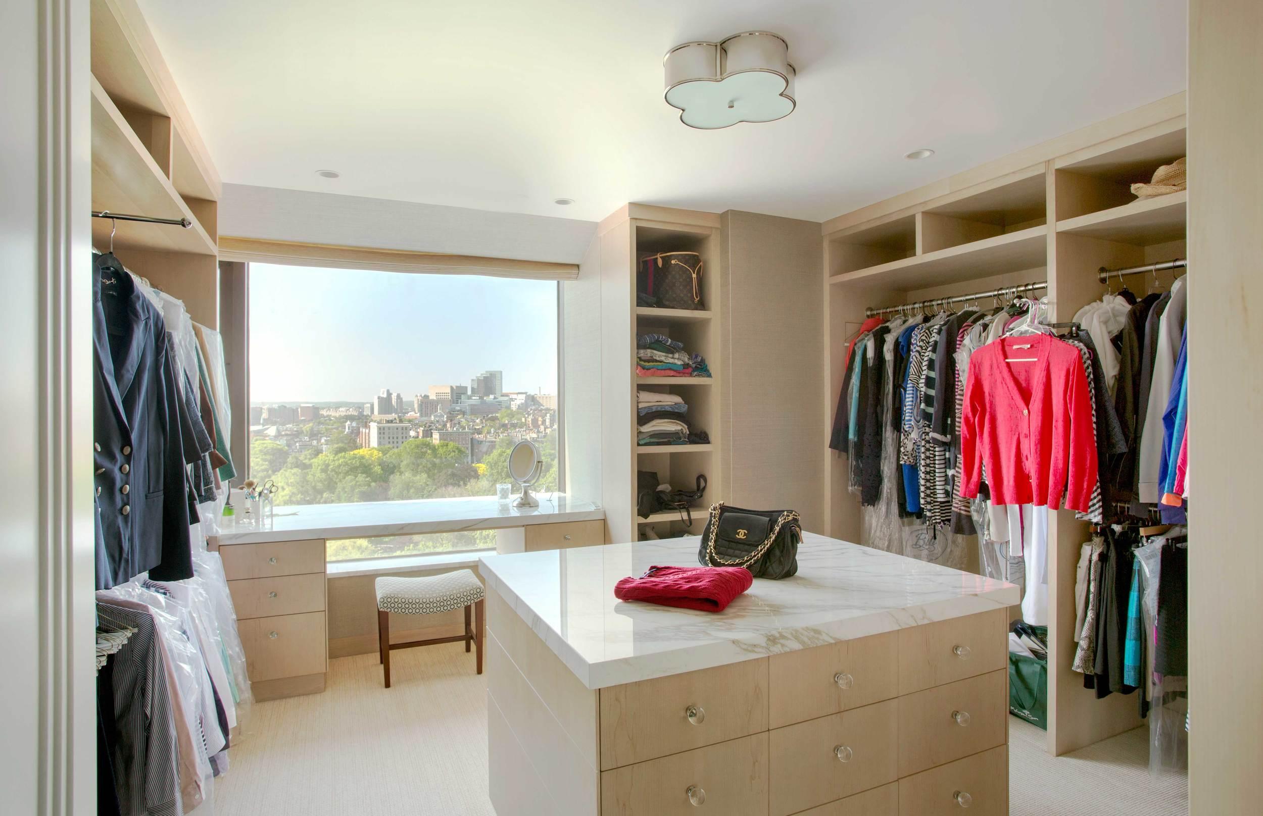 15-Angus-Beasley-closet-1.jpg