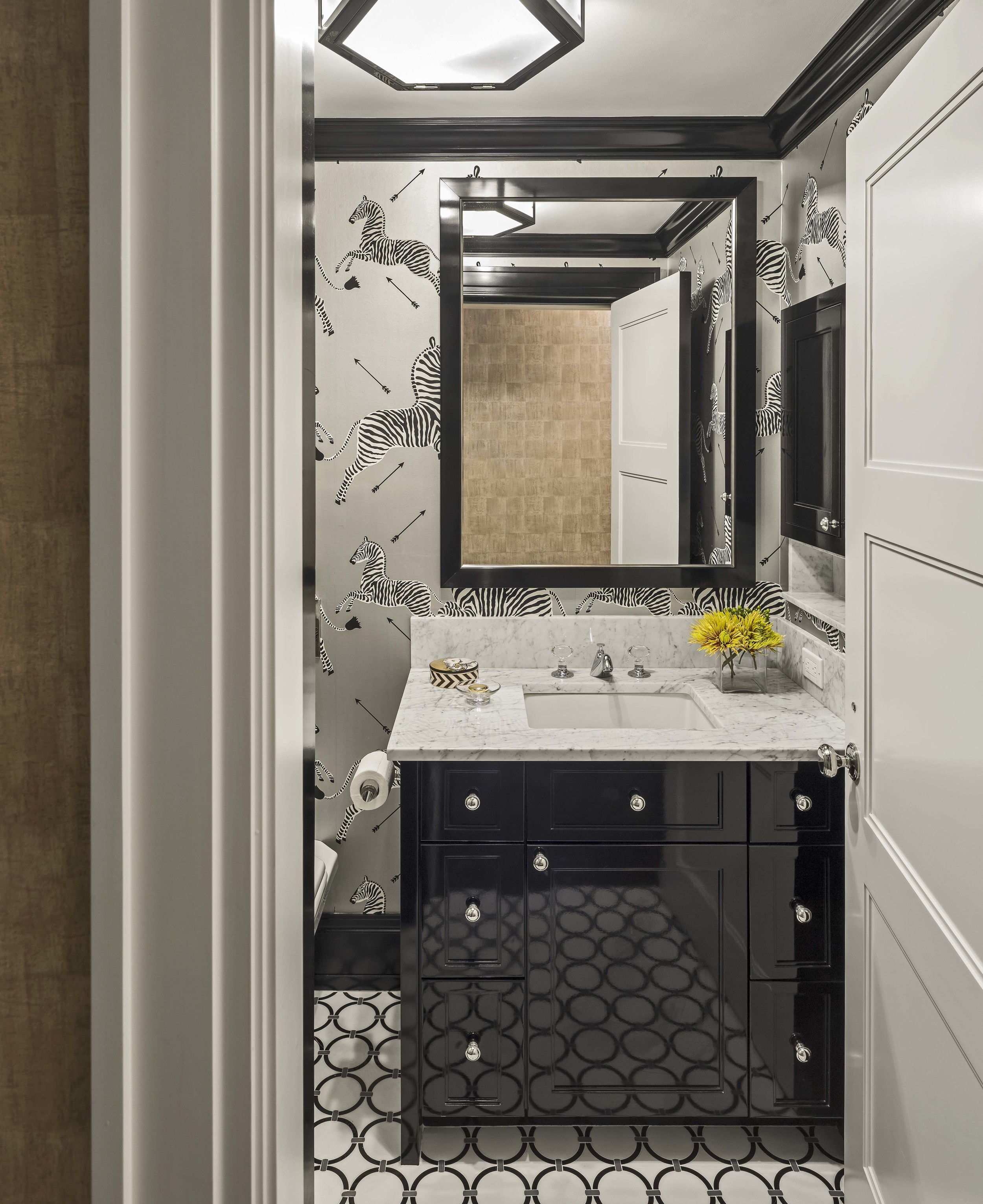 Interior Design by  Lewis Interiors  Photography by  Richard Mandelkorn