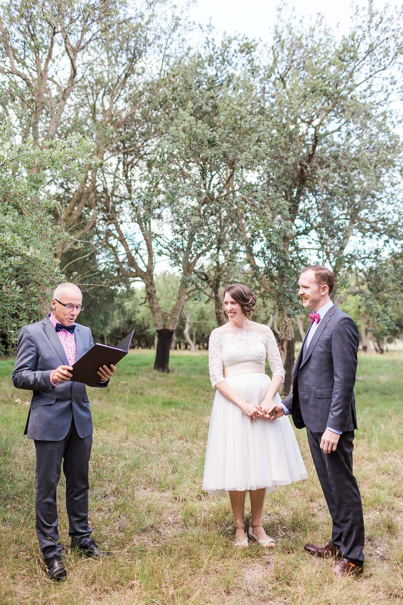 Celebrant Steven Murray of Canberra Small Weddings officiating the ceremony of Geri and James