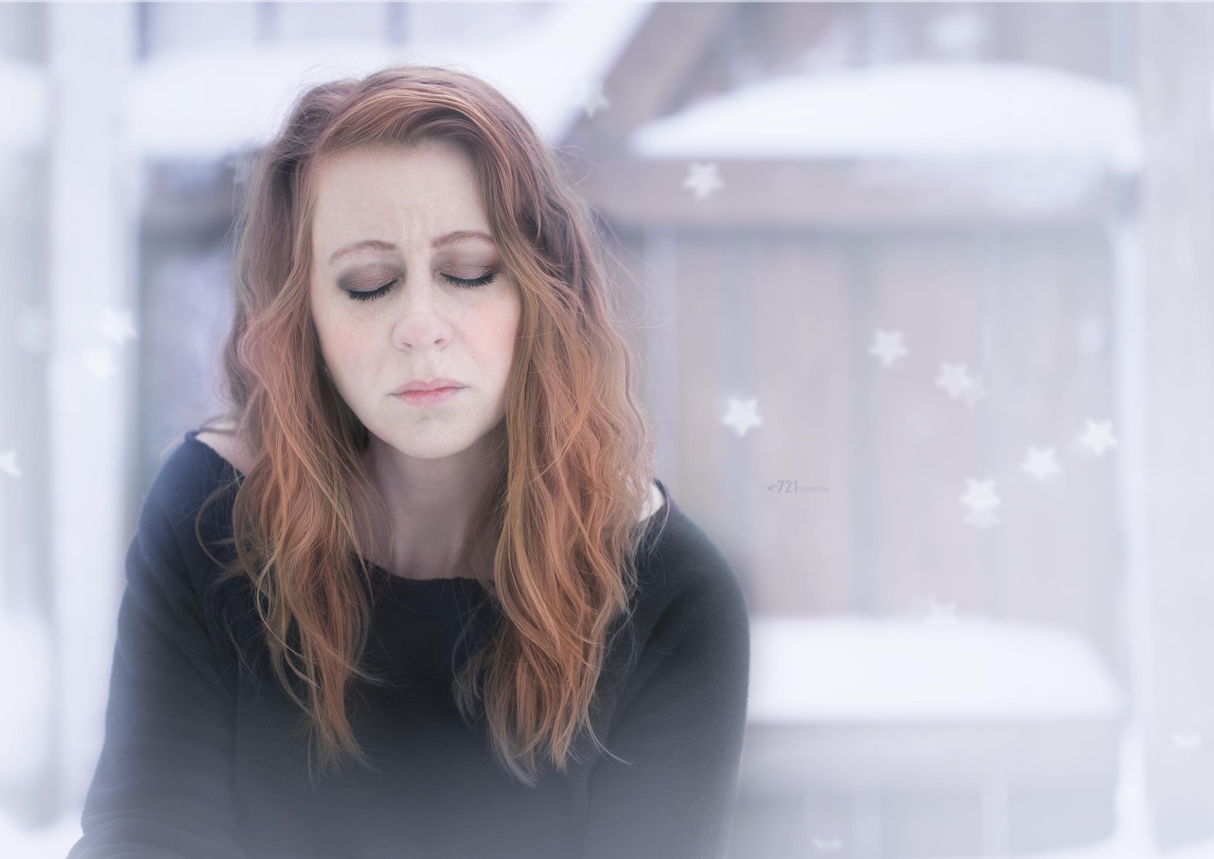 vanessa_snowy_stars-wm.png