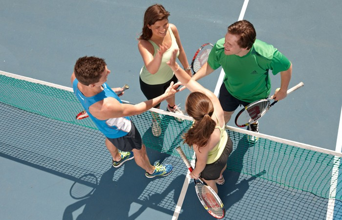 Social-Tennis-Ten-Australia_5OCT-13-33597-1024-700x450.jpg