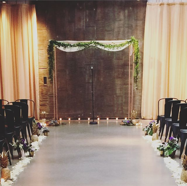 LS created this custom Copper Chuppah for a @pistilandvine wedding today! Contact us if you'd like to use this for your next wedding! All floral and design by @pistilandvine #ChuppahGoals