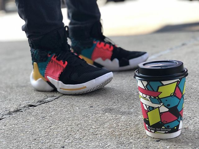 Bright accents • • • Collab with @russwest44 @nike and @passionhousecoffee • • • 📸: @_micaelarandall
