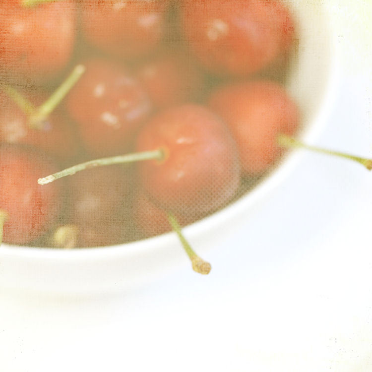 chrysti-hydeck-life-bowl-cherries